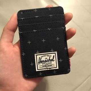 全新Herschel Card Holder 前面三格 後面用來夾錢 中間有一格
