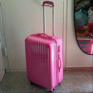 """(*Defects) 25.5"""" Spin 4 Wheel Luggage Case"""