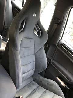 Golf R Alcantara Bucket Seat