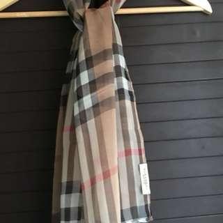 Burberry brit scarf