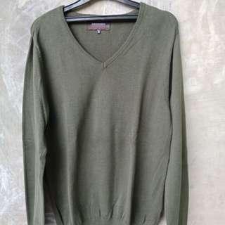 Knitwear (color green)