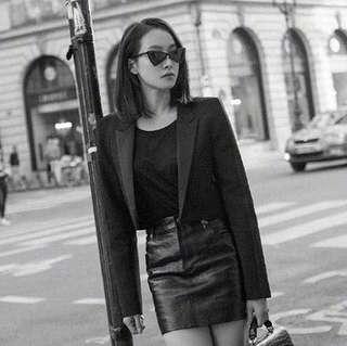 Po: Elegant retro triangle sunglasses