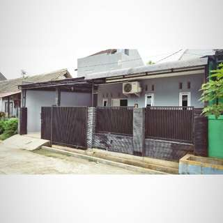 Dijual rumah diperumahan komplek pwi jaya cilebut bogor