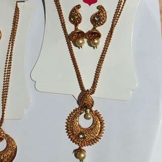Indian Jewellery Set - Necklace and Earrings
