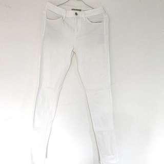 Uniqlo 特級彈性牛仔褲 白