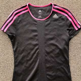 Adidas Tshirt in new condition