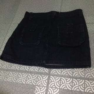 Denim black skirt