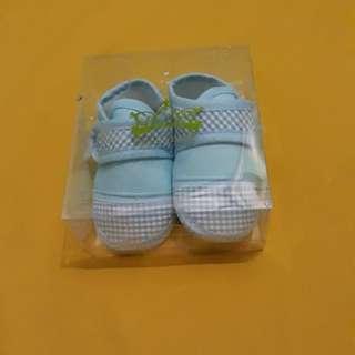 Prewalker shoes/ sepatu bayi