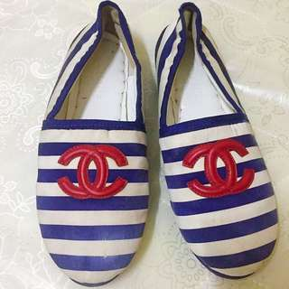Authentic Chanel Cosy Flat Shoes Red with Blue Stripe