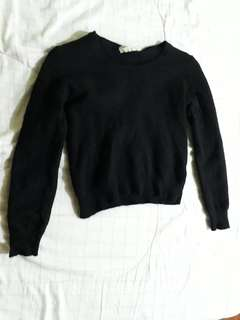 Black pullover / sweater