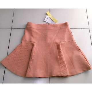 New skirt ada woman