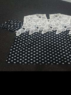 Polkadot cut off shirt by Moscato