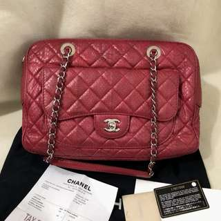 CHANEL red quilted snakeskin camera bag (#17)