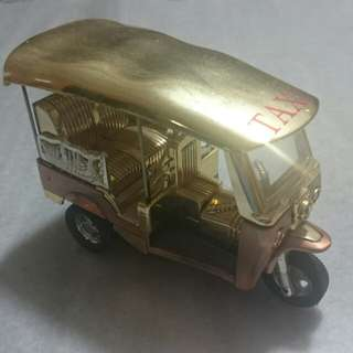Gold foil thailand 3 wheel taxi toy