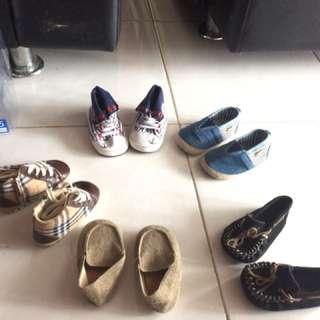 Sepatu tamagoos