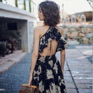 獨特設計美背度假長洋裝