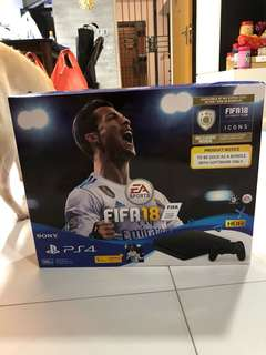 Ps4 with FIFA 2018