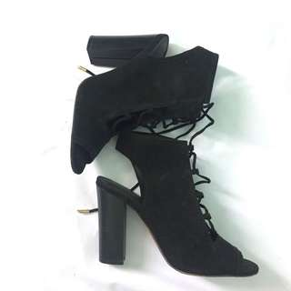 NEW LOOK LACE UP HEELS