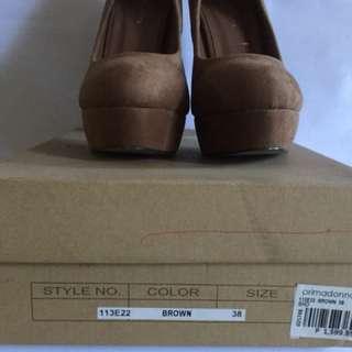 Preloved Primadonna high heels