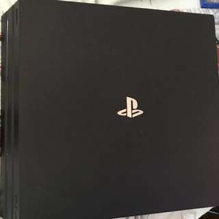 二手有保養 PS4 Pro 1TB + Games + PS plus