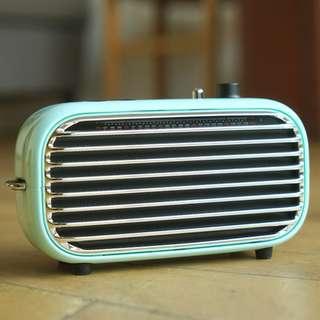 Elysium Iron Mini Bluetooth Speaker (Mint)