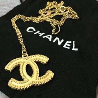 Chanel(長短兩帶頸鍊)