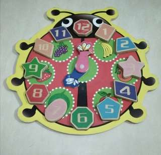 Puzzle kayu jam