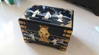中式古董首飾箱