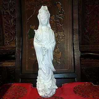 Vintage Chinese Kwan Yin White Porcelain statue