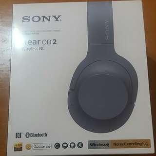 全新未開封SONY h.ear on 2,model: WH-H900N,原價2290,現售1850, 最後一個