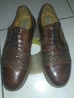 Sepatu kulit king street original