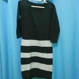 Dress Knit Hitam