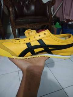 Onitsuka tiger yellow