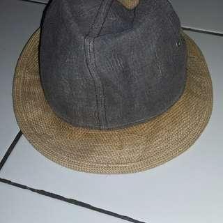 Topi Rajut