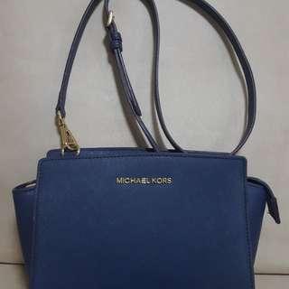 Michael Kors Selma Sling Bag - Medium