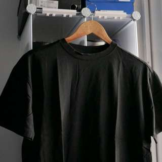 H&M premium collection tee (Black)