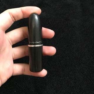 MAC lip stick cremesheen