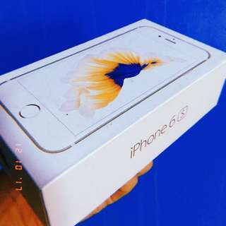 RUSH RUSH RUSH‼️ NEED CASH‼️ IPHONE 6s 16gb (Rosegold) NO DENTS NO ICLOUD ISSUE FREE 3 CASE BOX CHARGER SIM EJECTOR COMPLETE PACKAGE!  PWEDENG PWEDE SA MAARTE! PINADALA GALING JAPAN! KAHIT ANO SIM PWEDE! SMART,GLOBE,SUN,TM! 1month old! PM PO SA MAY GUSTO!