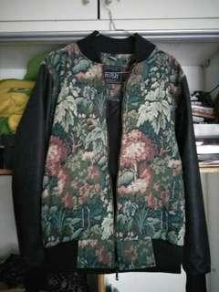 Jaket bomber smith lengan kulit motif bunga