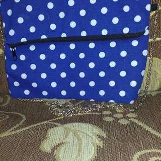 Sling bag polkadot