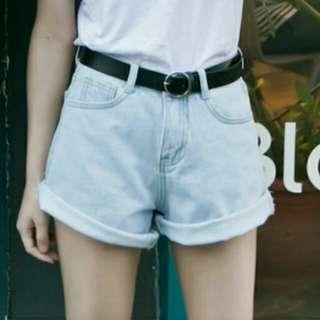 淺藍反折短褲
