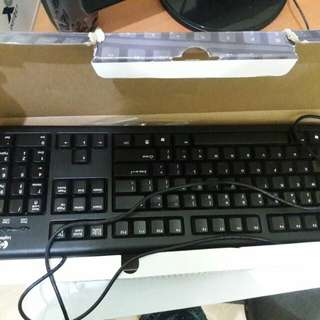 Preloved Keyboard Komputer Normal