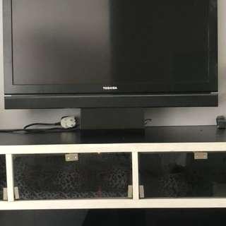 TV LED Toshiba Regza apa adanya