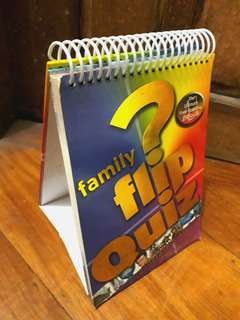 Family Flip Quiz (trivia book)