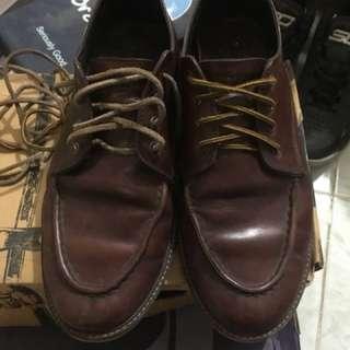 Sepatu boot low Foremost warna maroon size 45 fit 44 dapat 2 tali sepatu