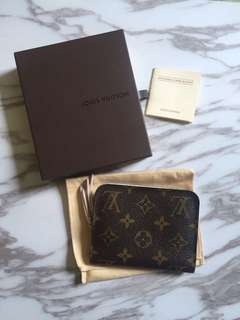 Real LV wallet
