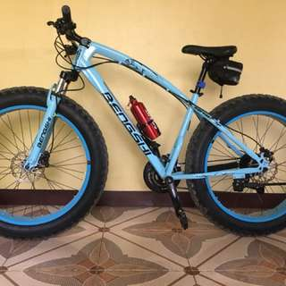 For sale Fatbike Specs: Hydraulic disk brakes  3x8 speed With accessories  Acera and Altus groupset  And for more informations about the bike pls contact me for those who are interested  09435268232 or 09085810714