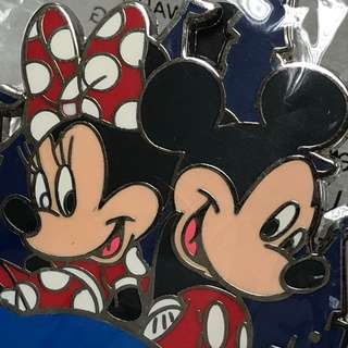 Disney pin Mickey & Minnie