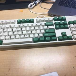leopold  fc900r cherry red switch white/green special edition(one month)