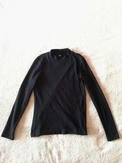 Uniqlo Black Long Sleeved Top